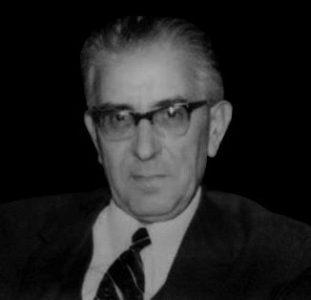 محسن هشترودی