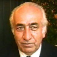 حسن نزیه ؛ مدیرعامل شرکت ملی نفت، از مؤسسین نهضت آزادی، رئیس کانون وکلا