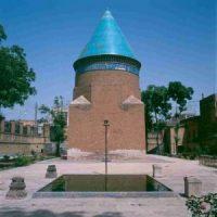 وصف تبریز در سفرنامه جهانگردان / حمدالله مستوفی