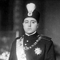 ۱۲ بهمن ۱۲۷۵ ـ تولد احمد شاه قاجار