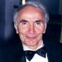 فیروز پرتوی ؛ فیزیکدان، اولین رئیس دانشکده فیزیک دانشگاه صنعتی آریامهر