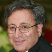 حسن جوادی ؛ ادیب، نویسنده، رونامهنگار، استاد برجسته دانشگاه جورج واشنگتن