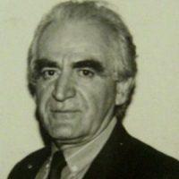 هاکوپ کاراپنتس ؛ شاعر، نویسنده، از مؤسسین باشگاه فرهنگی ورزشی آرارات