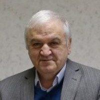 علی کاوه ؛ نویسنده، پژوهشگر، چهره ماندگار، استاد دانشگاههای آلمان و اتریش